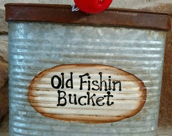 Fishing Bucket - Large w/saying