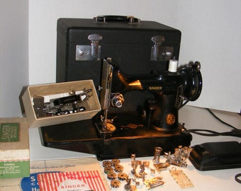 Singer 221 Featherweight Sewing Machine In Case W/ Keys & Accessories 1949, Sewing, Fabric, Crafts, Embroidery, Seamstress