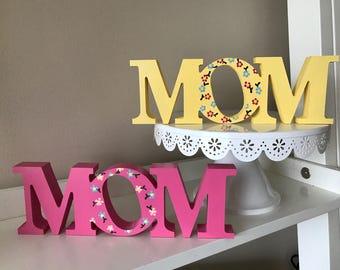 MOM Wooden Decoration