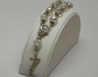 Multifasited Glass Bead Chaplet Braclet with Rose and Cross(BRB2)