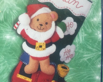 "2001 18"" BUCILLA STOCKING KIT 84386 new Santa Bear with Toy Train felt applique stocking to make 5B-2"