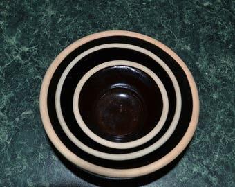 Vintage Americana General Brown Stoneware Nesting Bowls