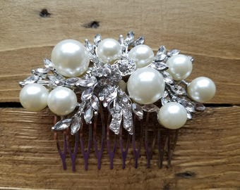 Wedding Hair Comb, Bridesmaid's Hair Comb - Off White Pearls & Rhinestones - Style H1857