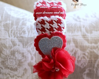 v day headband - Red heart headband - Valentine's day headband - felt headband - red headband - headbands for adults - girls headband