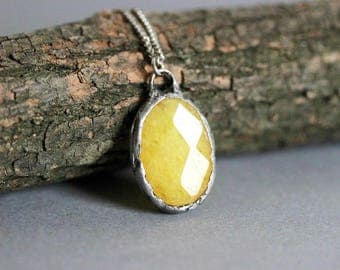 Yellow Agate Necklace Rustic Agate Necklace Yellow Pendant Agate Necklace Yellow Drop Necklace Boho Necklace Agate Jewelry Yellow Gemstone