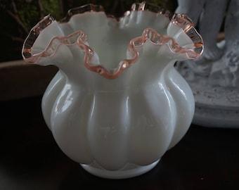 Vintage, Fenton Pink Crest Vase