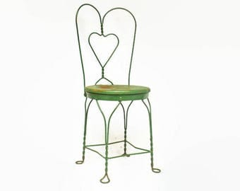 Vintage Metal Chair, Sweetheart Twisted Iron Chair, Ice Cream Chair, Chippy  Metal Bistro
