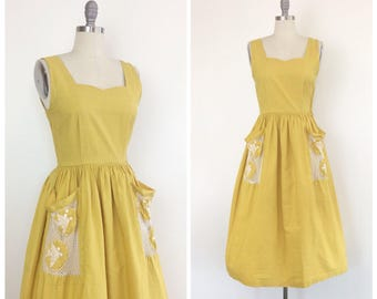 40s Yellow Fish Print Dress / 1940s Vintage Novelty Print Day Dress / Small / Size 2 to 4