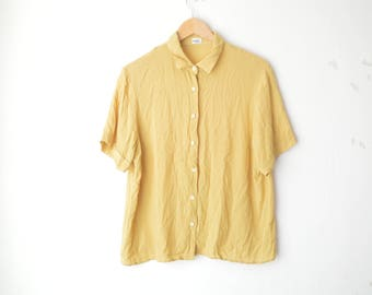 pastel yellow oversized button down slouchy shirt 80s // M