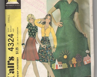 4324 McCalls Sewing Pattern Wrap Skirt Size Small Vintage 1970s