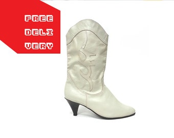 80s western slouchy BOOTS white leather deco riding cowgirl mid calf gipsy bohemian boh / Size 8 us / 5.5 uk / 38.5 eu