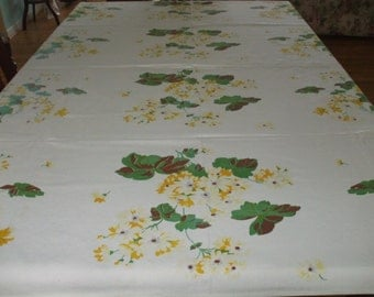 Vintage Yellow And Dark Yellow Daisy Tablecloth