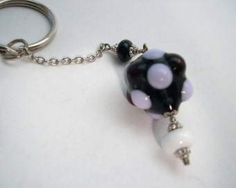 Lampwork Glass Keyring, Beaded keyring, Black and White Keyring, Glass beaded Key ring.