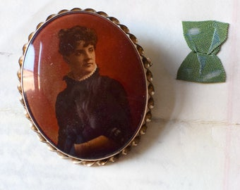Vintage Photo Portrait Brooch Victorian Mourning Jewelery Repairs