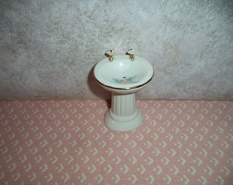 1:12 scale Dollhouse Miniature bathroom sink (high end)