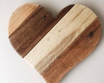 "2-3 WEEK WAIT // Reclaimed Pallet 13"" Wood Heart - Rustic Country Farm style, Door Hangers, garden and home decor, Valentine's, wedding"