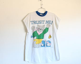 ONE SIZE Vintage 1980s Trust Me Cat and Mouse Polyester Graphic Long Sleep Shirt