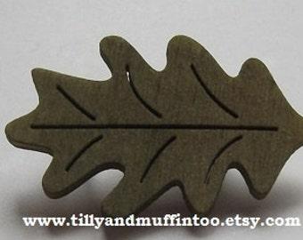 Wooden Pale Green Oak Leaf Brooch.Ideal for Mother's Day,Bridal Showers,Party Bags,Teacher Gift,Birthdays,Stocking Filler/Stuffer.