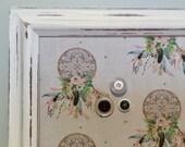 Babillard aimanté recouvert tissu capteurs de rêve bohos bohème mémos organisation mémo photos décor mural tableau d'affichage à aimant