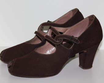 Vintage original 1940s 40s fabulous brown suede shoes with great straps  Hippendorf UK 4.5 5 US 6.5 7