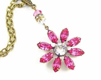 Rose Pink Crystal Necklace, 1950s Vintage Swarovski, Daisy Shaped Flower Jewellery