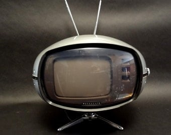 Original Panasonic Orbitel TR-005 Flying Saucer vintage 1970's TV television