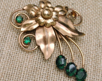 1940s Flower Pin Gold Filled Green Stones by M&S
