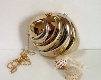Vintage Metal Seashell Evening Bag / Silver & Gold / Shoulder Bag / Clutch / Evening Wear / High Fashion / Abstract / Retro / Hipster