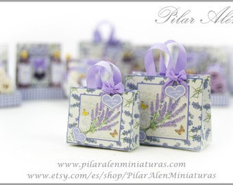 Shopping bags for dollhouse, 12th scale. One inch dollhouse. Lavender love.