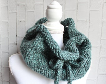 Drawstring Cowl Knitting Pattern : Etsy :: Your place to buy and sell all things handmade