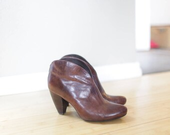vintage born  brown leather ankle cowboy boots womens 9