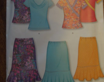 New Look 6901, stretch knits only, UNCUT sewing pattern, craft supplies, pullover tops, skirt, sizes 8-18