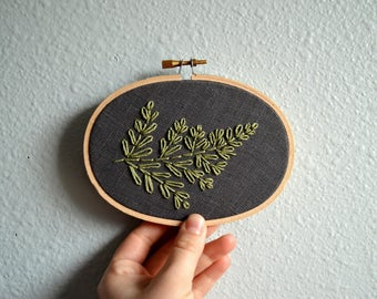 Fern Embroidery Hoop Art, Botanical Wall Art, Plant Wall Hanging, Plant Lover, Minimalist Artwork, Nature Inspired Home Decor, Simple Branch