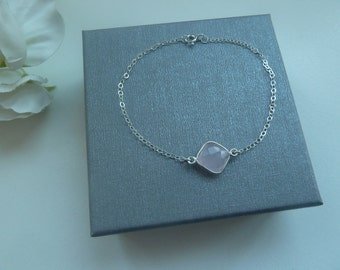 Sterling silver delicate chain bracelet with rose quartz