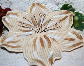 """Ambiance Collections Tropical Florals 8-1/2"""" Ceramic Tray/Dessert Plate"""