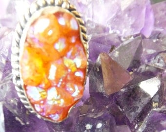 Druzy Agate and Sterling Silver Ring..... size 9 only