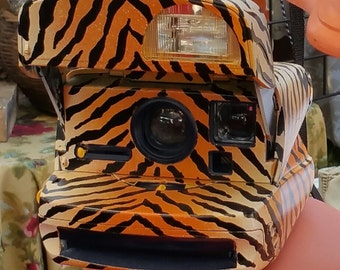 Tiger Polaroid 600 Instant Vintage Camera