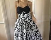 Trina Lewis  Marjon Couture Stunning Black  White Evening Gown sz 8 Pristine