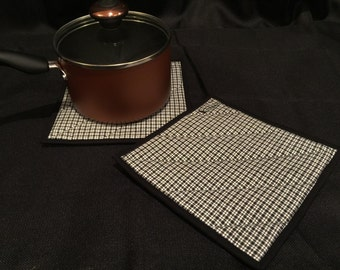 Black & White Plaid Quilted, Insulated Pot Holder Set