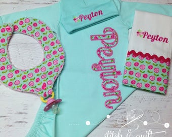 Newborn Gift Set,  Newborn Girl, Baby Girl Hospital outfit, Newborn Coming Home outfit, Girl Coming Home Outfit, Personalized Coming Home