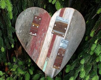 Wood signs, Love sign, Wood heart, Rustic Wooden Heart, Wood Wall Art, Rustic Wedding Decor, Rustic Home Decor, Heart, Rustic Yard Art