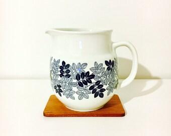 "Very rare vintage Arabia Finland ceramic milk jar named ""Laila"", Raija Uosikkinen, 1960s - Made in Finland"