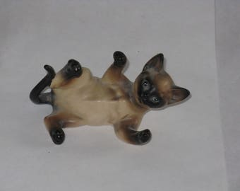 Vintage Siamese cat ceramic figurine