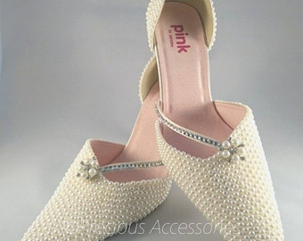 Ladies Bridal Wedding Pearl Brides Shoes, Ivory Cream Pearls Crystal Encrusted Embellished Brides // Bridesmaids // Prom // size 7 (41)