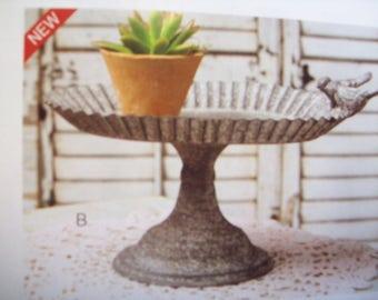 Lovebirds Oval Pedestal Tray