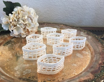 "Vintage Set of 8 White Lace Crocheted Napkin Rings Wedding Dinner Decor Cotton Napkin Holders 1.5""  Wide in Excellent Condition"