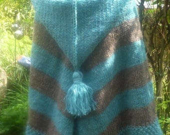 Poncho Cape from Icelandwool with pointed hood***onesize