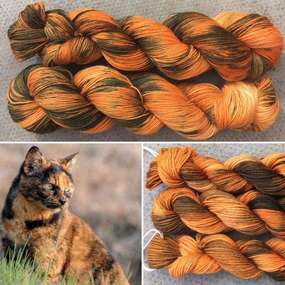 Tortoiseshell Miniskein 20g, cat inspired merino nylon blend indie dyed sock yarn mini skein
