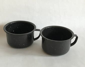 Vintage ENAMELED METAL Drinking CUPS, Black Speckled Enamel Handled Cups, Camping Cups,Camp Fire Dishes,Cups with Handles,Succulent Planters