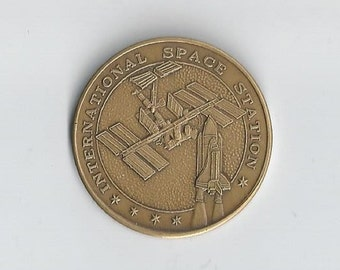 RARE International Space Station STS-88 Medal-me1817014